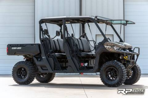 2017 Can-Am Defender HD8