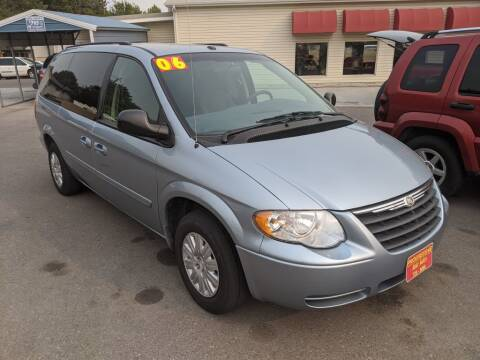 2006 Chrysler Town and Country for sale at Progressive Auto Sales in Twin Falls ID