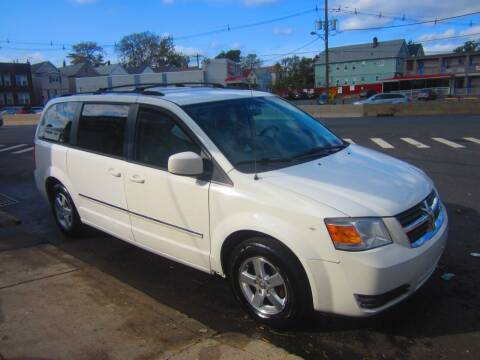 2008 Dodge Grand Caravan for sale at Cali Auto Sales Inc. in Elizabeth NJ