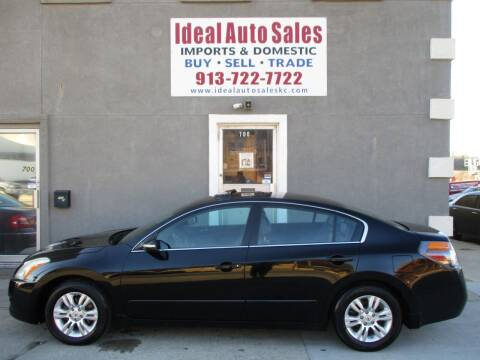 2010 Nissan Altima for sale at Ideal Auto in Kansas City KS