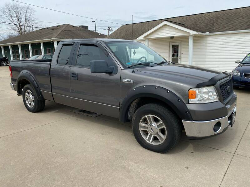 2006 Ford F-150 for sale at CarNation Auto Group in Alliance OH