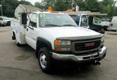 2003 GMC Sierra 3500 for sale at Auto Towne in Abington MA
