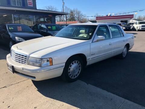 1998 Cadillac DeVille for sale at Wise Investments Auto Sales in Sellersburg IN