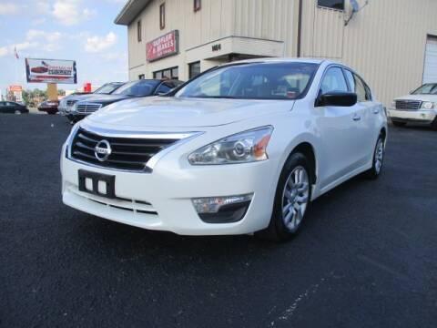 2013 Nissan Altima for sale at Premium Auto Collection in Chesapeake VA