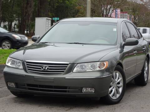 2007 Hyundai Azera for sale at Deal Maker of Gainesville in Gainesville FL