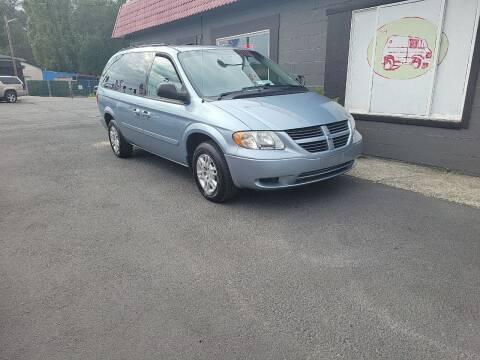 2005 Dodge Grand Caravan for sale at Bonney Lake Used Cars in Puyallup WA