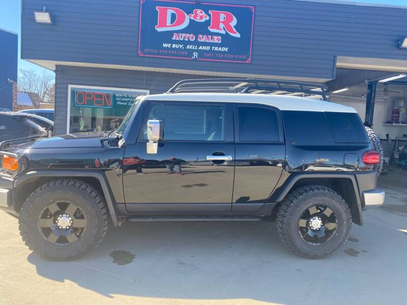 2007 Toyota FJ Cruiser for sale at D & R Auto Sales in South Sioux City NE
