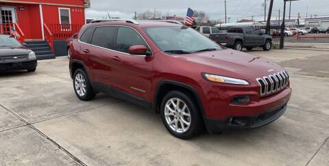 2015 Jeep Cherokee for sale at JORGE'S MECHANIC SHOP & AUTO SALES in Houston TX