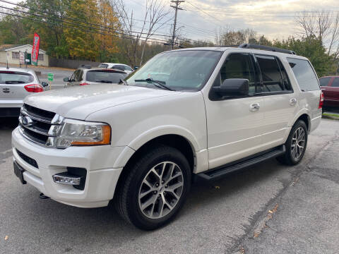 2015 Ford Expedition for sale at COUNTRY SAAB OF ORANGE COUNTY in Florida NY