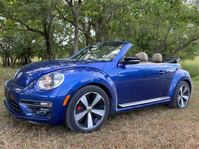 2013 Volkswagen Beetle Convertible for sale at TINKER MOTOR COMPANY in Indianola OK