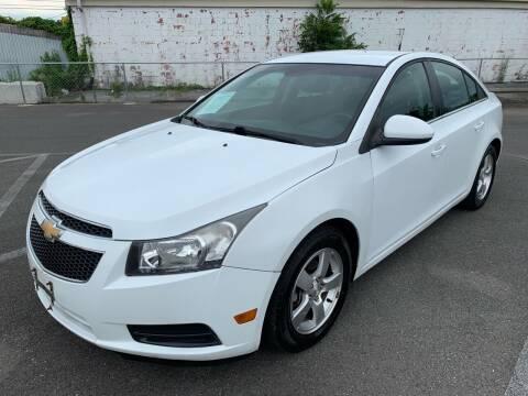 2013 Chevrolet Cruze for sale at Diana Rico LLC in Dalton GA