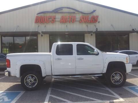 2013 Chevrolet Silverado 1500 for sale at DOUG'S AUTO SALES INC in Pleasant View TN