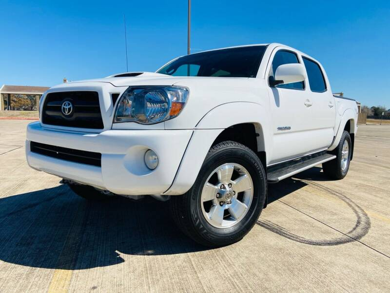 2008 Toyota Tacoma for sale at AUTO DIRECT Bellaire in Houston TX