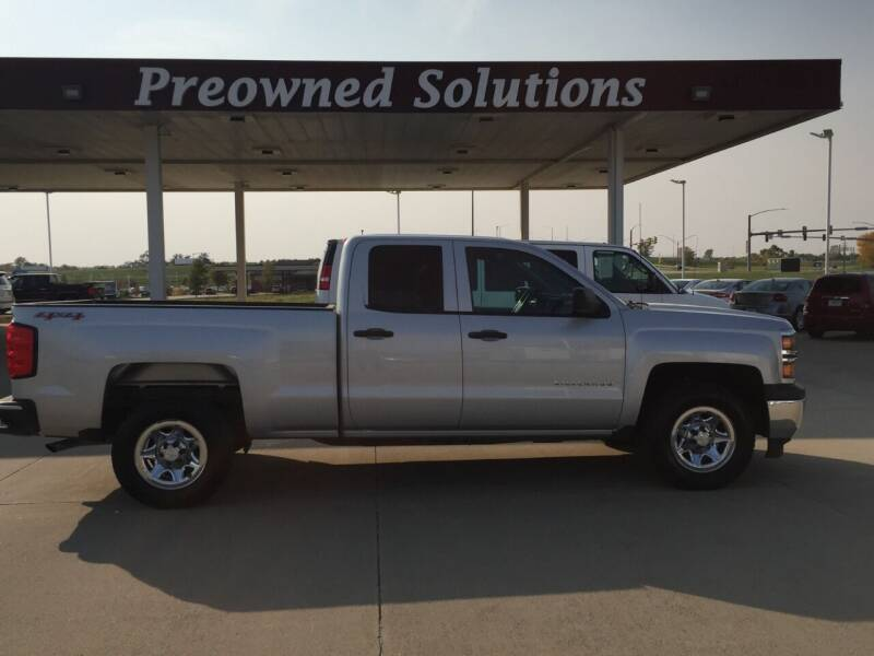 2015 Chevrolet Silverado 1500 for sale at Preowned Solutions in Urbandale IA