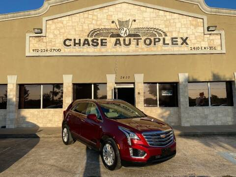 2017 Cadillac XT5 for sale at CHASE AUTOPLEX in Lancaster TX