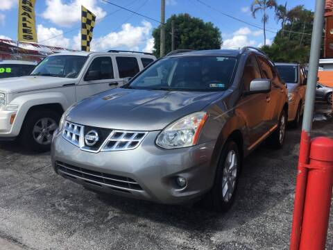 2012 Nissan Rogue for sale at Versalles Auto Sales in Hialeah FL