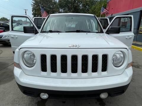 2013 Jeep Patriot for sale at Carmen's Auto Sales in Hazel Park MI