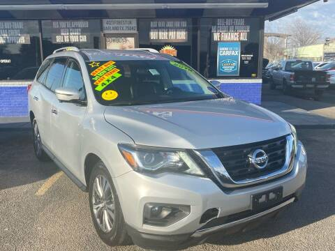 2019 Nissan Pathfinder for sale at Cow Boys Auto Sales LLC in Garland TX