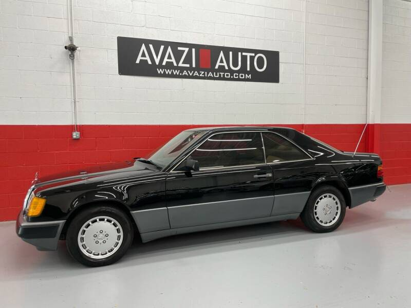 1989 Mercedes-Benz 300-Class for sale at AVAZI AUTO GROUP LLC in Gaithersburg MD