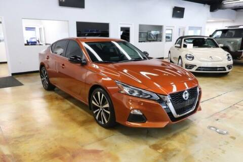 2019 Nissan Altima for sale at RPT SALES & LEASING in Orlando FL