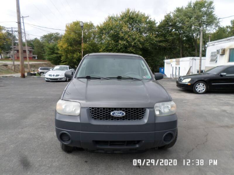 2005 Ford Escape for sale at XXX Kar Mart in York PA