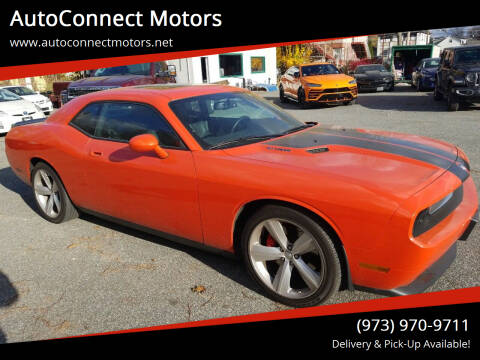 2009 Dodge Challenger for sale at AutoConnect Motors in Kenvil NJ