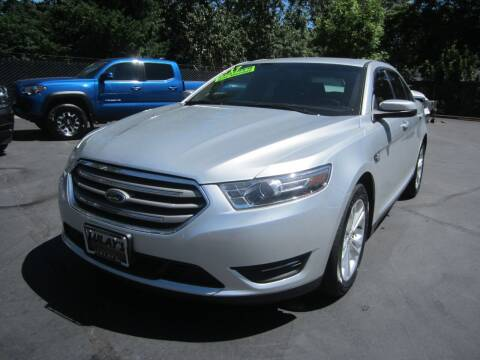 2017 Ford Taurus for sale at LULAY'S CAR CONNECTION in Salem OR