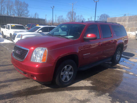 2014 GMC Yukon XL for sale at Smart Buy Auto in Bradley IL