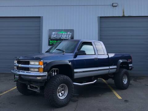 1995 Chevrolet C/K 1500 Series for sale at DASH AUTO SALES LLC in Salem OR