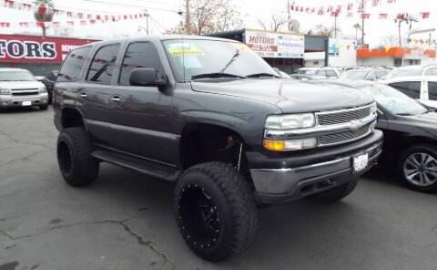 2001 Chevrolet Tahoe for sale at 559 Motors in Fresno CA