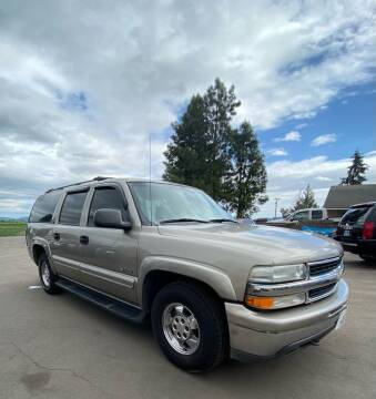 2000 Chevrolet Suburban for sale at M AND S CAR SALES LLC in Independence OR
