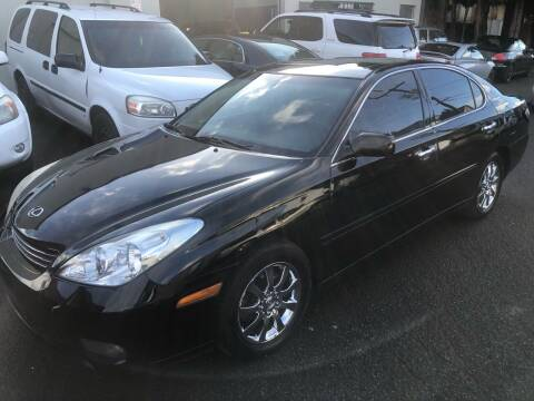 2004 Lexus ES 330 for sale at Blue Line Auto Group in Portland OR