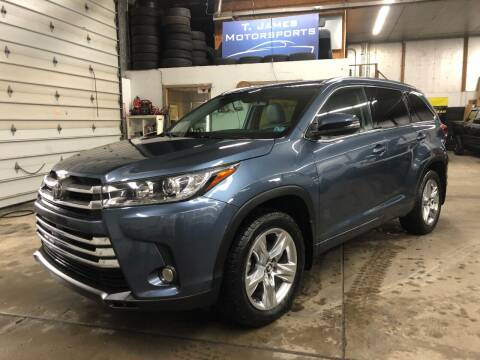 2018 Toyota Highlander for sale at T James Motorsports in Gibsonia PA