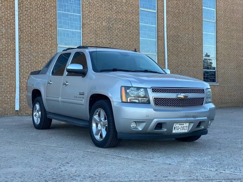 2010 Chevrolet Avalanche for sale at CARFAIR AUTO SALES in Oklahoma City OK