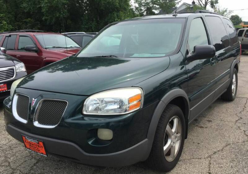2005 Pontiac Montana SV6 for sale at Knowlton Motors, Inc. in Freeport IL