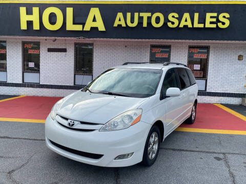 2008 Toyota Sienna for sale at HOLA AUTO SALES CHAMBLEE- BUY HERE PAY HERE - in Atlanta GA