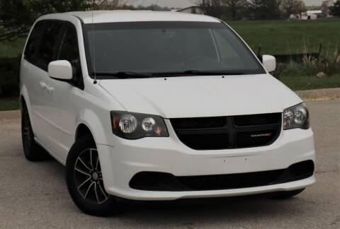 2016 Dodge Grand Caravan for sale at Big O Auto LLC in Omaha NE