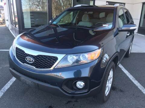 2013 Kia Sorento for sale at MAGIC AUTO SALES in Little Ferry NJ