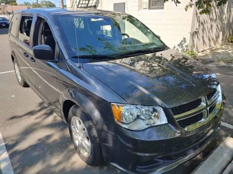 2019 Dodge Grand Caravan for sale at Auto Direct Inc in Saddle Brook NJ