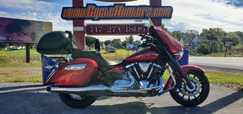 2014 Yamaha VStar Stratoliner Deluxe  for sale at Haldeman Auto in Lebanon PA