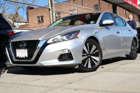 2019 Nissan Altima for sale at HILLSIDE AUTO MALL INC in Jamaica NY