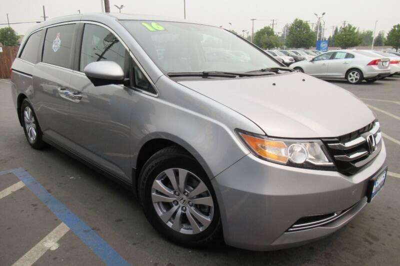 2016 Honda Odyssey for sale at Choice Auto & Truck in Sacramento CA