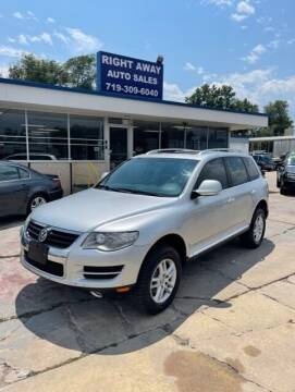 2008 Volkswagen Touareg 2 for sale at Right Away Auto Sales in Colorado Springs CO