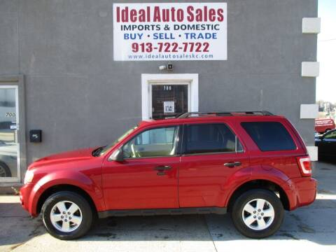 2008 Ford Escape for sale at Ideal Auto in Kansas City KS