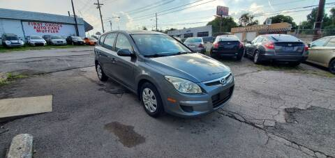 2010 Hyundai Elantra Touring for sale at Green Ride Inc in Nashville TN