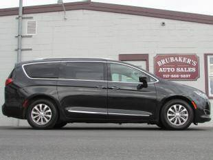 2018 Chrysler Pacifica for sale at Brubakers Auto Sales in Myerstown PA