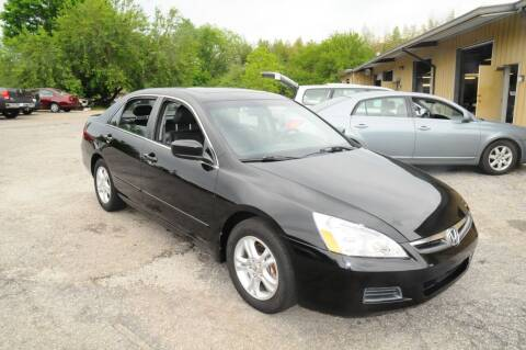 2007 Honda Accord for sale at RICHARDSON MOTORS USED CARS - Buy Here Pay Here in Anderson SC