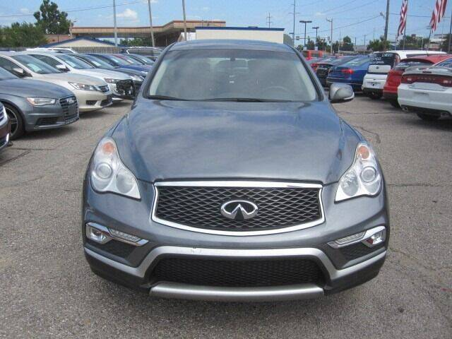 2017 Infiniti QX50 for sale at T & D Motor Company in Bethany OK