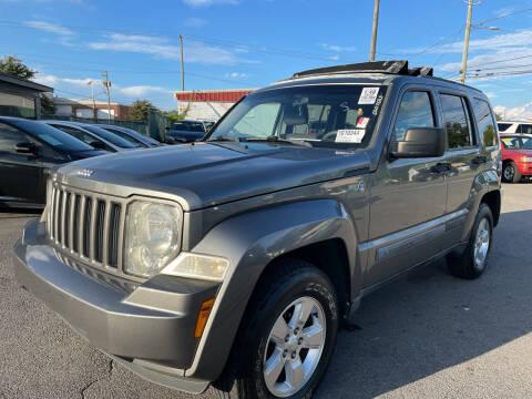 2012 Jeep Liberty for sale at Diana Rico LLC in Dalton GA