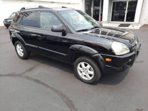2005 Hyundai Tucson for sale at 599 Drives in Runnemede NJ